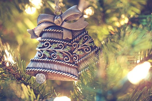 Weihnachtsrätsel - Karácsonyi ajándék keresztrejtvény